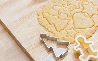 preparação de biscoitos de natal foto