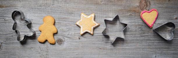 biscoitos de gengibre com seus formatos