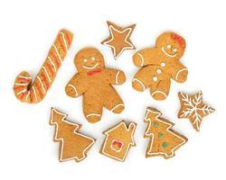 vários biscoitos de gengibre de natal caseiros