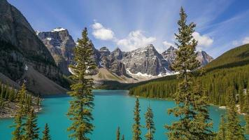 lago moraine no parque nacional de banff