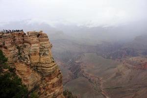 turistas no parque nacional de grand canyon