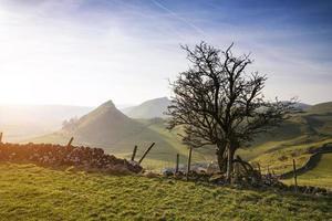 paisagem deslumbrante da colina cromada e colina do parque