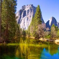rio Yosemite Merced e Half Dome na Califórnia