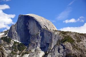 meia cúpula na primavera, parque nacional de Yosemite