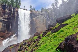 trilha de névoa de Yosemite