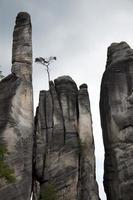 rochas no parque nacional de adrspach