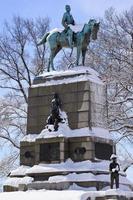 estátua geral sherman ave da Pensilvânia após a lavagem da neve