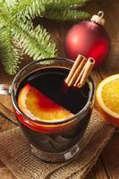 vinho tinto temperado festivo no natal