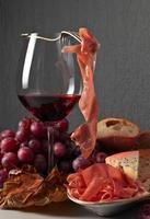 jamon e vinho tinto