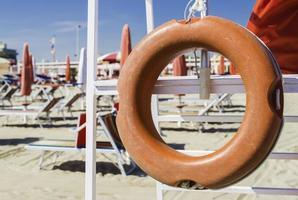 equipamento de segurança na praia foto