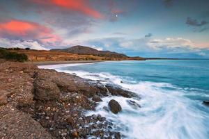 praia de diaskari, creta. foto