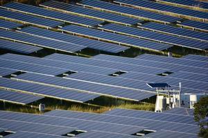 grande estação de energia solar