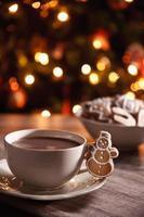 cappuccino com biscoito foto