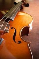 violino de madeira, instrumento musical. foto