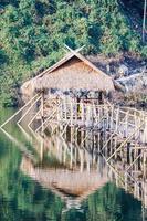 estrutura da ponte de madeira mais longa (ponte de bambu)