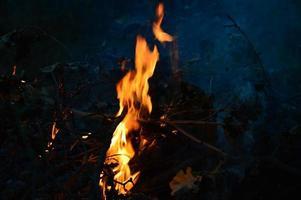 fogo na noite