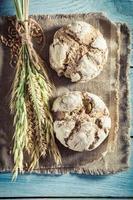 pãezinhos frescos para o café da manhã