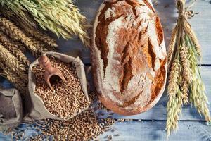 pão fresco para o café da manhã