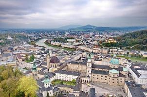 cidade de Salzburg da fortaleza