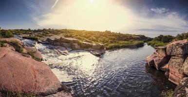 nascer do sol, cachoeira foto