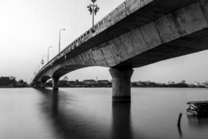 ponte pendurada loi foto