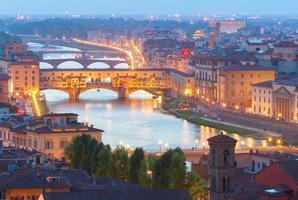 ponte vecchio, florença, itália foto