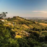 pôr do sol na zona rural italiana
