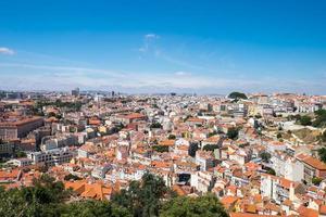 vista sobre Lisboa em um dia ensolarado foto