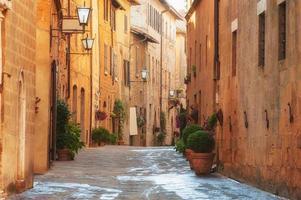 a cidade velha e a rua do período medieval