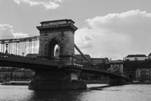 ponte corrente de budapeste foto