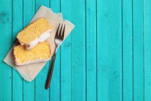 fatias de bolo caseiro de laranja