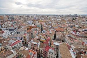 vista dos telhados de valência, espanha foto