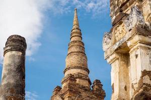 parque histórico de sukhothai, templo mahathat, Tailândia. foto