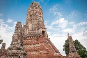 antigo templo público na tailândia foto