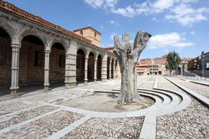 basílica de san vicente em ávila, espanha foto