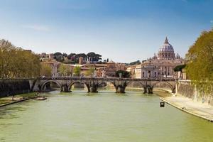 roma em um dia ensolarado, itália foto