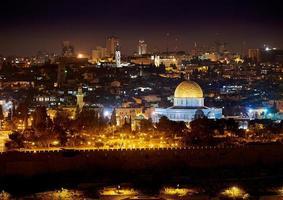 Jerusalém à noite