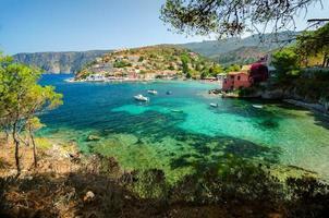 a majestosa vila de Assos