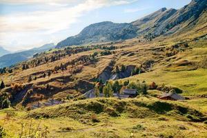 outono paisagem montanhosa nos Alpes franceses