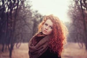 linda garota ruiva