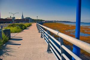 passeio pedonal junto ao r. rio Lawrence