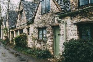 Londres, Inglaterra, 2020 - fileira de casas de tijolos