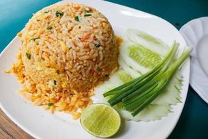arroz frito.