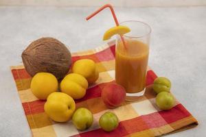 vista superior de frutas frescas foto