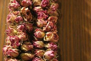 close-up de rosas secas