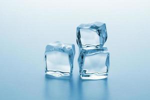 cubo de gelo fresco foto