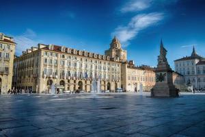 torino to, italy, 2020 - o palácio real de turin durante o dia foto