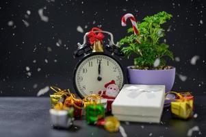 fundo de caixa de presente de feliz natal com neve