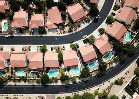 fotografia aérea de área residencial