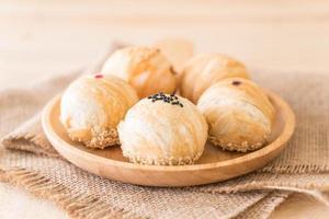 pastelaria chinesa chamada feijão mungo com gema de ovo
